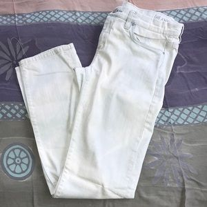 BlankNYC SZ 28 white washed straight leg jeans